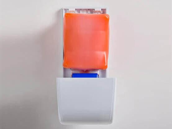 Oranje zeep voor de industrie zeepdispensers