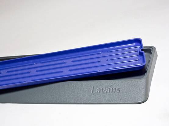 De Lavanswisser / vloerwisser wordt geleverd met opvangbak waarin het vuil opgevangen wordt na gebruik.
